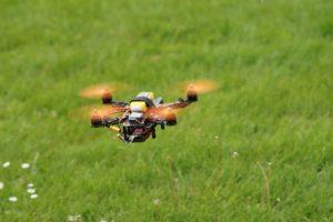drone-905955_1280
