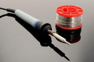 soldering-iron-1038540_1280